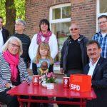 """""""Ulli hört zu..."""" vor dem Buchladen """"Miss Marple's"""" in Nordkirchen"""